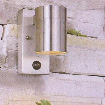 leuchten mit bewegungsmelder aus dem programm von wohlrabe lichtsysteme. Black Bedroom Furniture Sets. Home Design Ideas