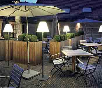 gartenleuchten teil 3 wohlrabe lichtsysteme. Black Bedroom Furniture Sets. Home Design Ideas