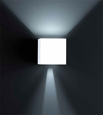 wandleuchte lichtkegel glas pendelleuchte modern. Black Bedroom Furniture Sets. Home Design Ideas